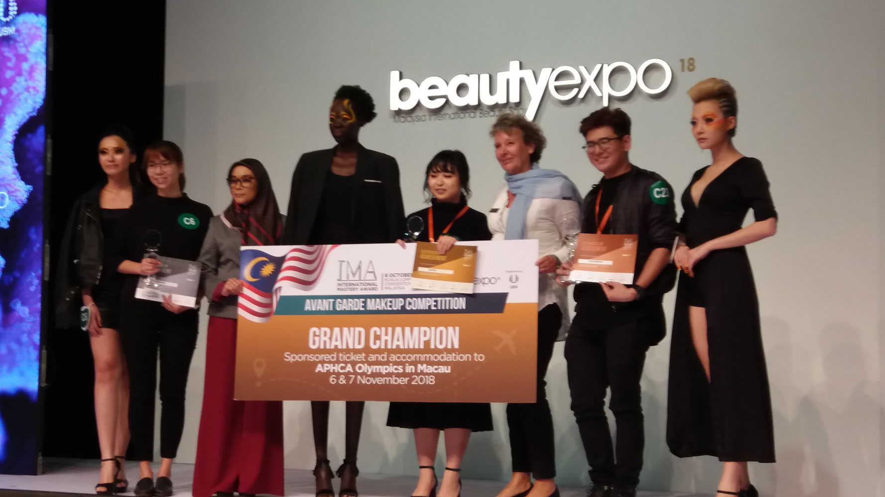 beauty expo models