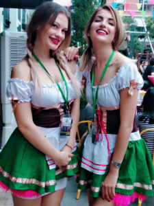 octoberfest beer girls event